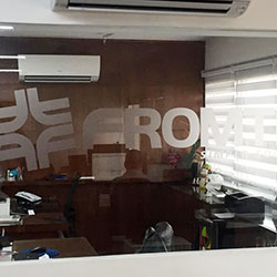 Adesivo jateado com Logomarca em Recorte